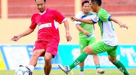 Nguyen Huu Dang, Le Tan Tai 'doi dau' Dang Dao o giai U.19 quoc te - Anh 1
