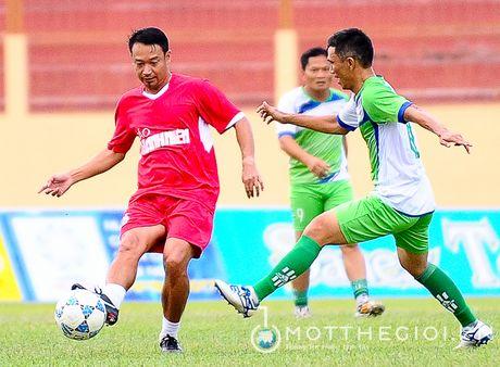 Nguyen Huu Dang, Le Tan Tai 'doi dau' Dang Dao o giai U.19 quoc te - Anh 4