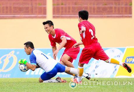 Nguyen Huu Dang, Le Tan Tai 'doi dau' Dang Dao o giai U.19 quoc te - Anh 7
