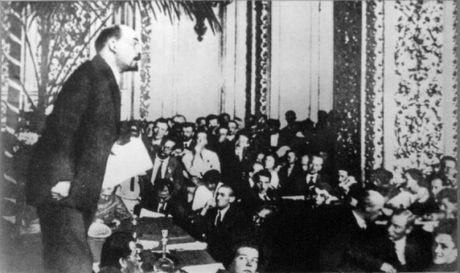 Lanh tu Lenin va nhung khoanh khac cuoc doi - Anh 10
