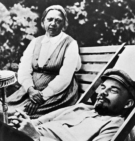 Lanh tu Lenin va nhung khoanh khac cuoc doi - Anh 11