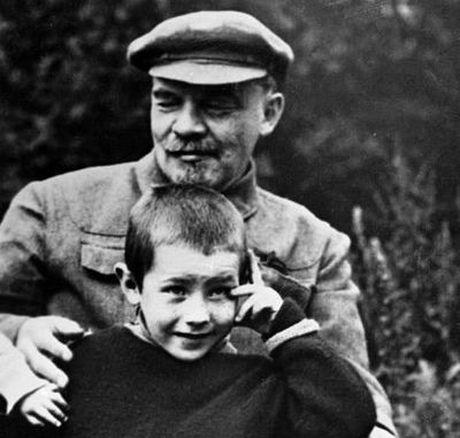 Lanh tu Lenin va nhung khoanh khac cuoc doi - Anh 12