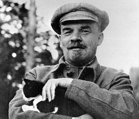 Lanh tu Lenin va nhung khoanh khac cuoc doi - Anh 13