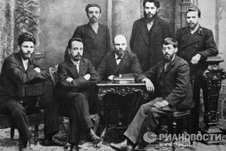 Lanh tu Lenin va nhung khoanh khac cuoc doi - Anh 3