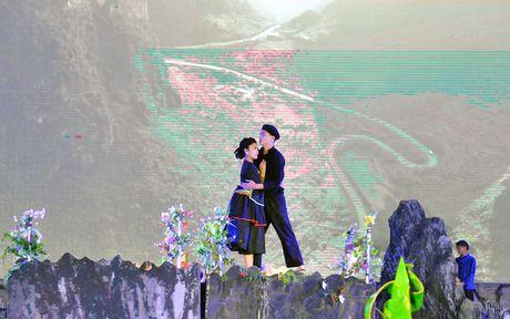 Khai mac le hoi Cho tinh Khau Vai - Ton vinh net dep van hoa dac sac - Anh 3