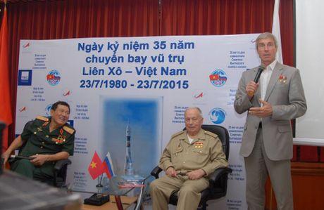 Hinh anh dang nho ve phi hanh gia cung Pham Tuan bay len vu tru - Anh 11