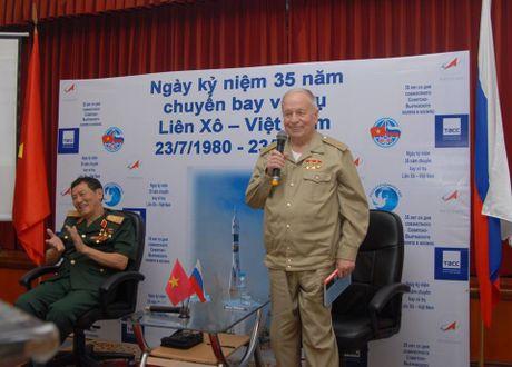 Hinh anh dang nho ve phi hanh gia cung Pham Tuan bay len vu tru - Anh 12