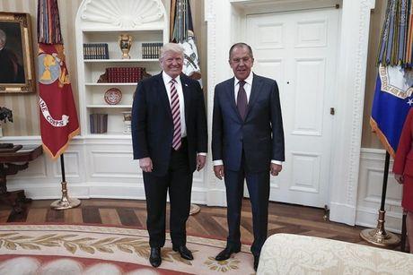 Ong Putin bac bo cao buoc Tong thong My tiet lo tin mat cho Nga - Anh 1