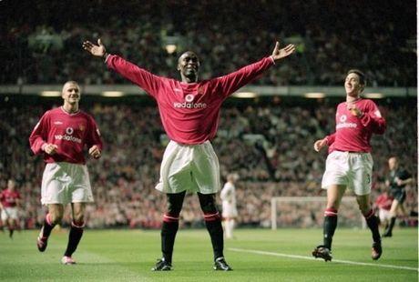 Kane, Rooney, Gerrard va nhung ngoi sao choc thung luoi nhieu CLB Premier League nhat - Anh 21
