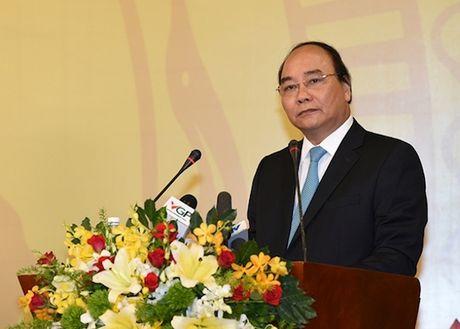 Thu tuong Nguyen Xuan Phuc: 'Hoai bao cua tien nhan la cam hung cho doanh nhan'! - Anh 1