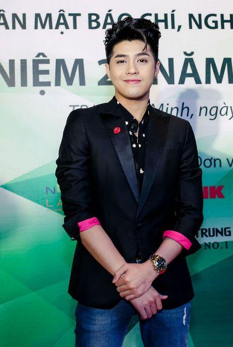Dam Vinh Hung du tranh mat nhung van san sang cong Phuong Thanh - Anh 5