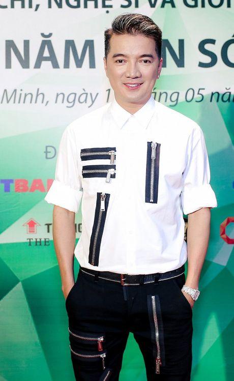 Dam Vinh Hung du tranh mat nhung van san sang cong Phuong Thanh - Anh 8