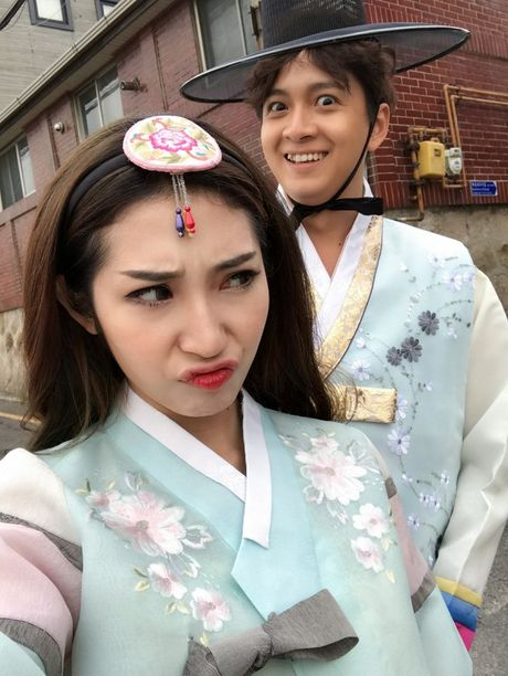 Ngo Kien Huy – Khong Tu Quynh sieu dang yeu khi quay MV tai Han Quoc - Anh 5