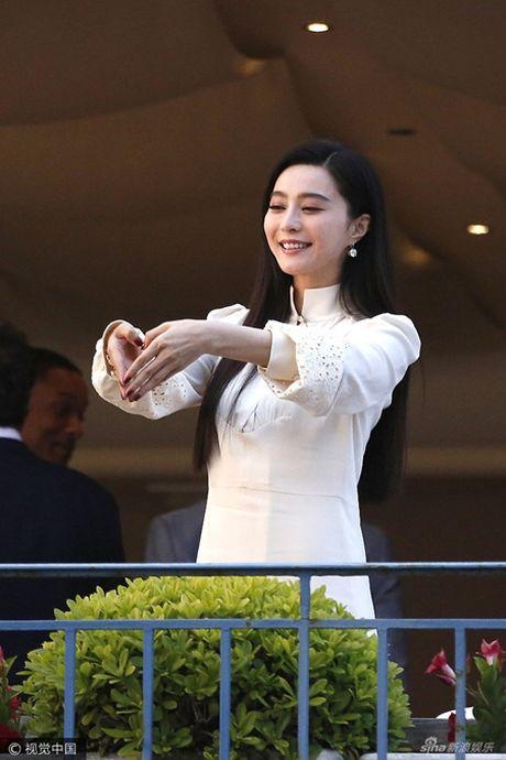 Pham Bang Bang rang ro cung dan giam khao Cannes 2017 - Anh 4