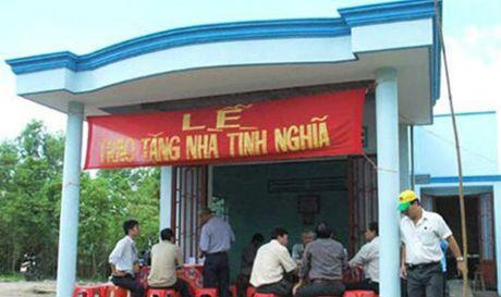 Ha Noi chi hon 400 ty dong xay dung nha cho nguoi co cong - Anh 1