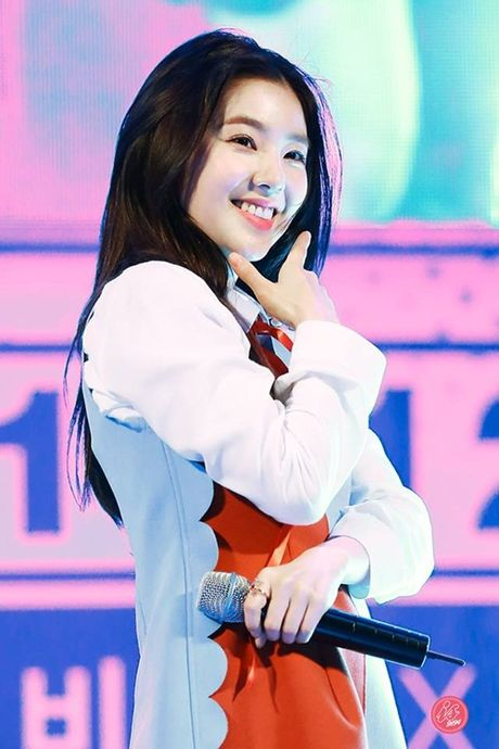 Moi lan noi chuyen, Irene (Red Velvet) khien dam dong o len vi qua xinh - Anh 3