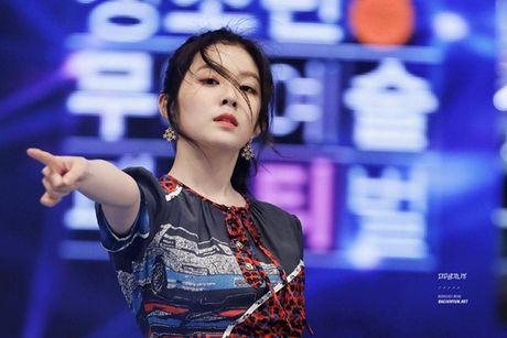 Moi lan noi chuyen, Irene (Red Velvet) khien dam dong o len vi qua xinh - Anh 5