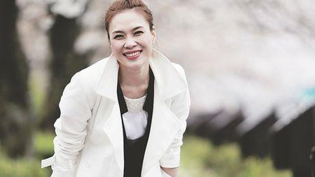 Vbiz 17/5: Gia dinh Huyen My 'ra tay', My Tam chinh thuc len tieng ve chuyen cuoi xin - Anh 2