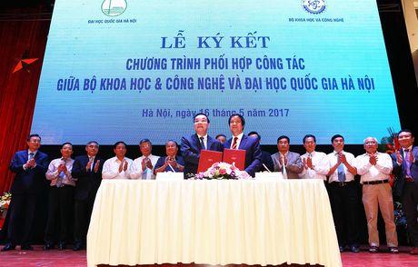 Ong Nguyen Hong Son lam Pho Giam doc Dai hoc Quoc gia Ha Noi - Anh 2