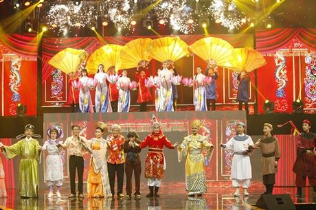 Phi Nhung mat do hoe trong dem chung ket show truyen hinh - Anh 5