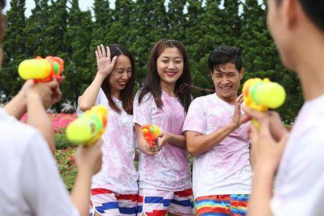 Mo dau mua he ruc ro voi Le hoi ruou vang Sun World Ba Na Hills 2017 - Anh 3