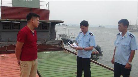 Can canh vu kham xet container chua thuoc la ngoai khong giay to - Anh 1