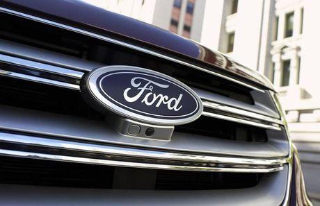 Ford se sa thai 20.000 cong nhan do gia co phieu va loi nhuan giam - Anh 1