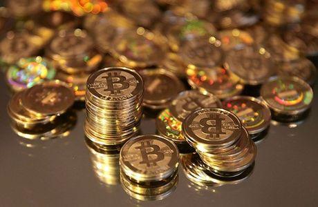 Bitcoin bi kiem soat chat hon vi ma doc WannaCry - Anh 1