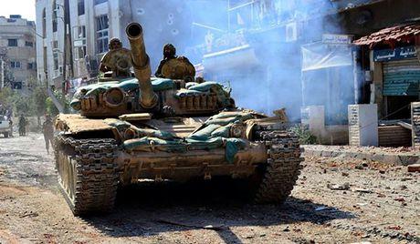 Quan doi Syria de bep IS o can cu khong quan Deir Ezzur - Anh 1