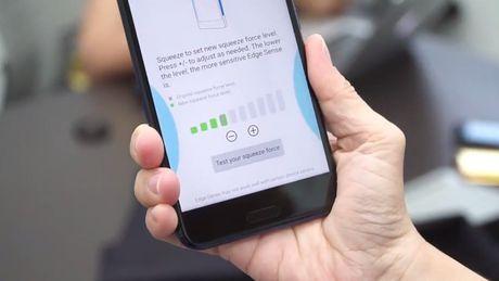 HTC U11 chinh thuc ra mat: Cong nghe bop vien - Anh 3