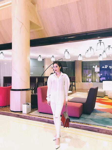 Bao Thy tu thuong chuyen du lich Singapore sau dang quang The Remix - Anh 6