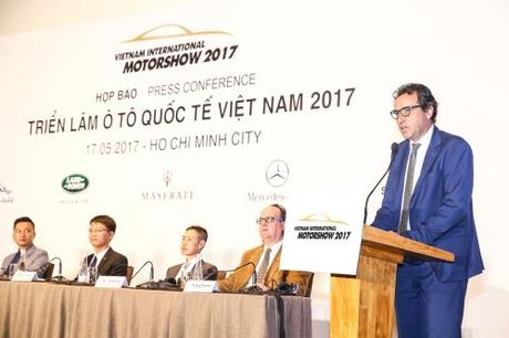 Trien lam o to quoc te Viet Nam 2017: Se quy tu nhieu mau xe dang chu y - Anh 2