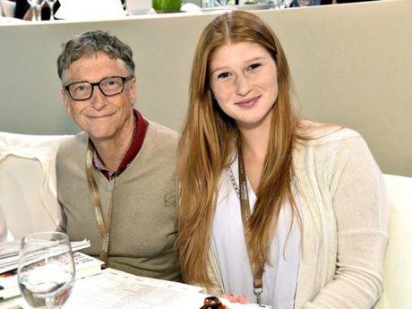 Bill Gates khuyen sinh vien moi tot nghiep dieu gi? - Anh 1