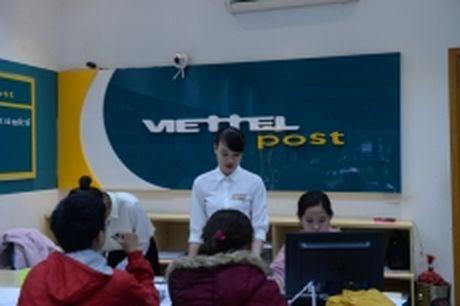 Viettel Post tro thanh doanh nghiep hang dau ve chuyen phat - Anh 1