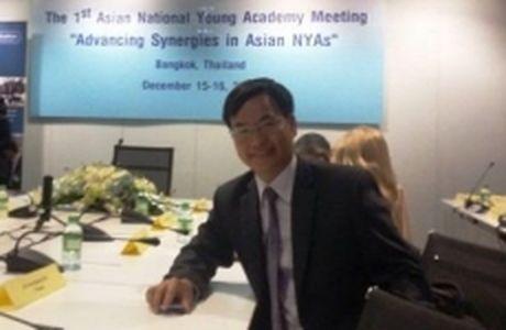 Tien si Y khoa Tran Quang Huy duoc bau vao Vien Han lam Khoa hoc tre toan cau - Anh 1