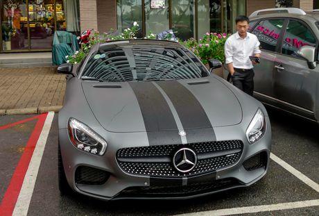 Cuong Do La do Mercedes GTS kieu Fast and Furious 8 - Anh 1