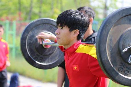 U20 Viet Nam chot danh sach: Tien Anh nhan ve vot, Thanh Hau ngam ngui - Anh 1