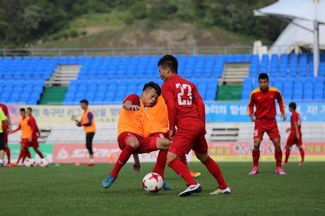 U20 Viet Nam chot danh sach: Tien Anh nhan ve vot, Thanh Hau ngam ngui - Anh 2