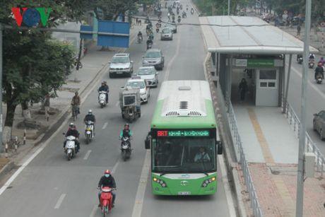 Buyt nhanh BRT Ha Noi dang chang giong o dau? - Anh 1