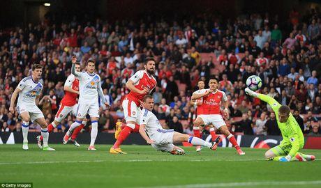 Chum anh: Sanchez ruc sang trong ngay cac CDV doi 'tram' HLV Wenger - Anh 4