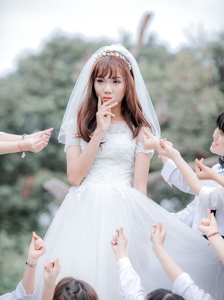 Nam sinh Bac Ninh mac vay co dau xinh dep nhu con gai - Anh 1