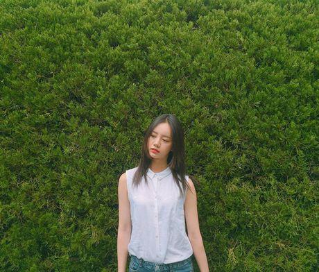 Sao Han 20/5: Momo than thiet voi Hee Chul, Seo Hyun ra ve cool ngau - Anh 5