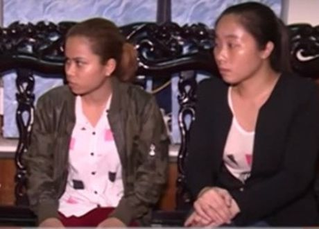 Nguoi phu nu tro ve sau 16 nam bi ban sang Trung Quoc - Anh 1