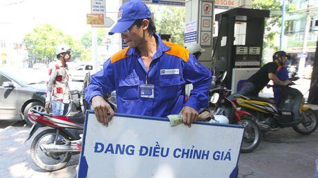 Xang dau dong loat giam gia tu 15h hom nay 20/5 - Anh 1