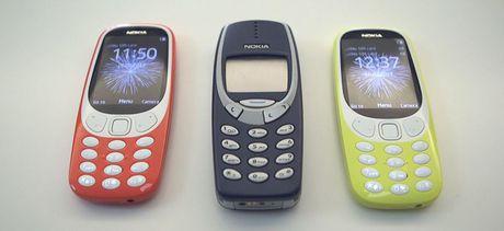 Phu nu An dung dien thoai Nokia cu de thu dam - Anh 1