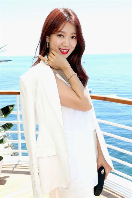 'Dau tim' voi loat anh khi quyen ru luc ngot ngao cua Park Shin Hye - Anh 6