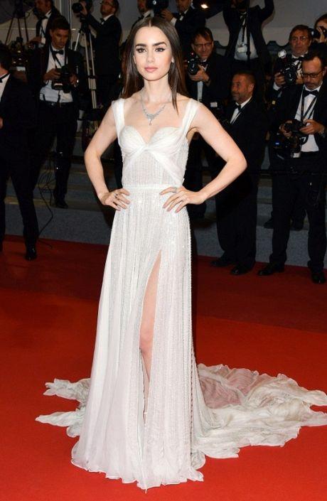 Rihanna chiem the thuong phong tai tham do Cannes ngay thu 3 - Anh 11