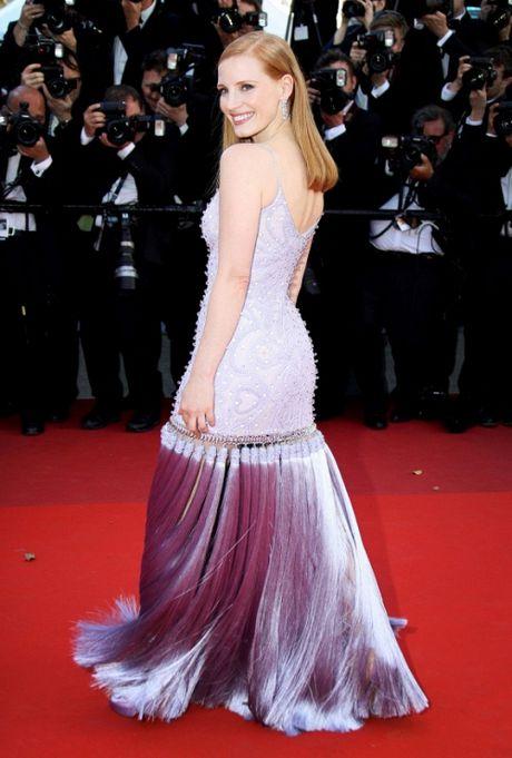 Rihanna chiem the thuong phong tai tham do Cannes ngay thu 3 - Anh 14