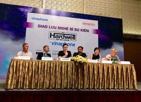 DJ Top 3 the gioi da den Viet Nam chuan bi trinh dien Hardwell by VinaPhone - Anh 4