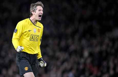 Giam doc cua Ajax ung ho Romero bat tran chung ket Europa League - Anh 1